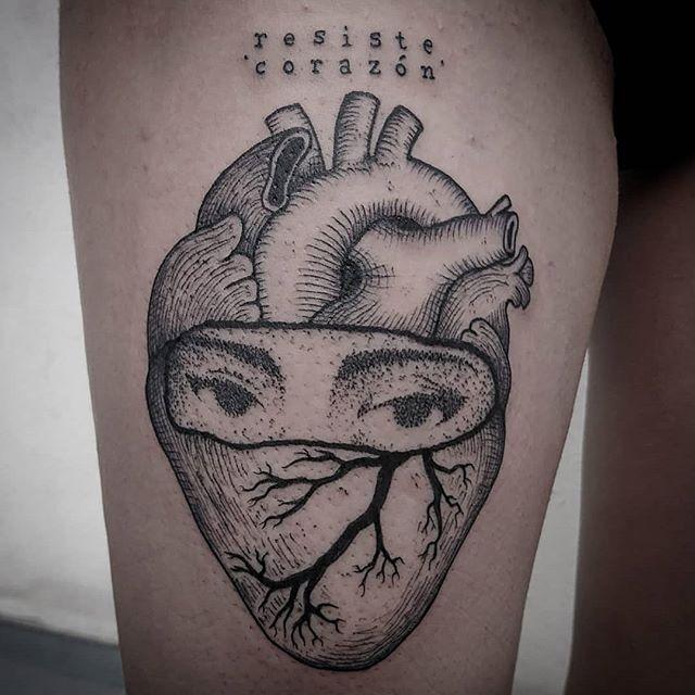 Tatuaggio appena eseguito da Claudio Fragnito che é stato ospite al Virgoz' Studio lo scorso fine settimana. - .scars