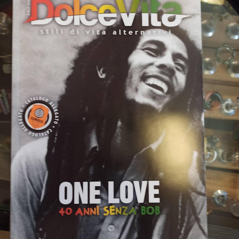 E arrivato il numero di maggio-giugno di una delle nostre riviste preferite dolce_vita_magazine. In coperti a uno dei nostri artisti preferiti il mitico Robert Nesta Marley -      .studio