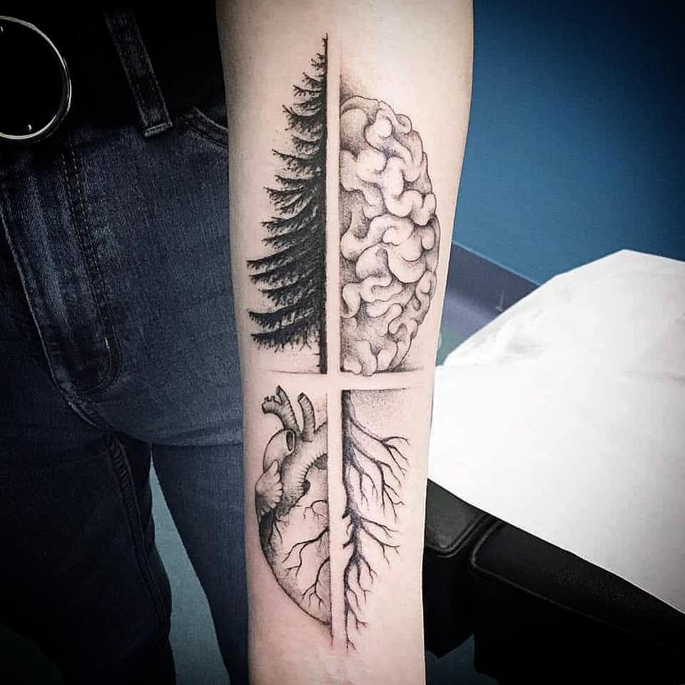 Tatuaggio appena effettuato da Arrigo nostro ospite sempre su appuntamento! - arrigooldtattooer
